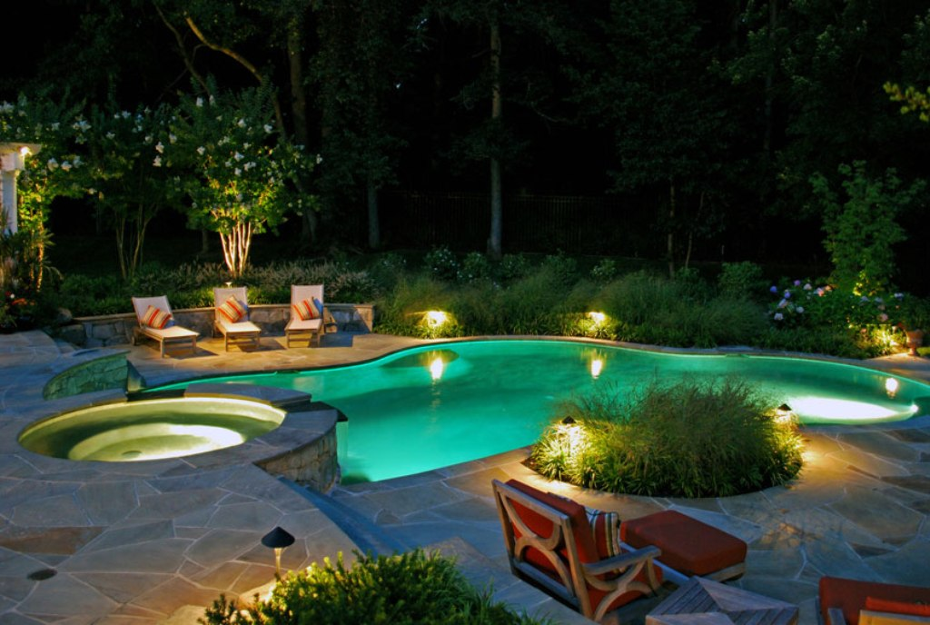 15 Contemporary Pool Design Ideas For Small Spaces And