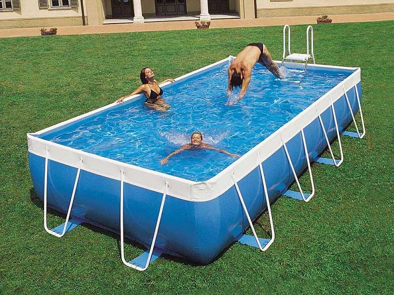 15 contemporary pool design ideas for small spaces and Above ground swimming pools for small yards