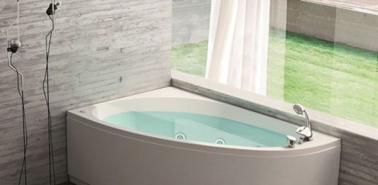 Modern Bathroom Corner Bath Tub